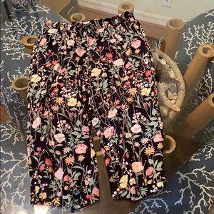 Cropped Floral Loft Pants